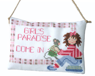 Bedroom door plaque for little girl, designed by Marie-Anne Rethoret M�lin