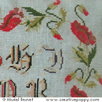 Antique sampler with poppies - Reproduction sampler - charted by Muriel Berceville (zoom 1)