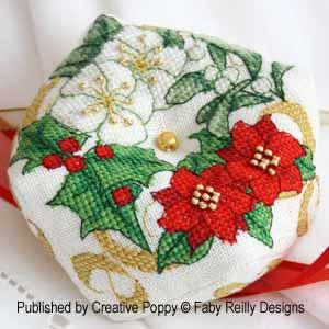 Faby Reilly - Christmas Biscornu (wreath version) (cross stitch pattern )