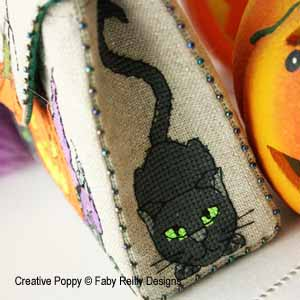 Faby Reilly - Halloween purse (cross stitch pattern ) (zoom1)