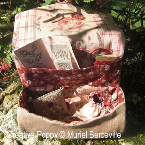 <b>Roll-up Organizer Pouch </b><br/>cross stitch pattern<br />by <b>Muriel Berceville</b>