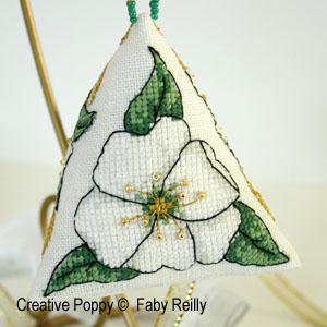 Christmas Rose & Ribbon Humbug