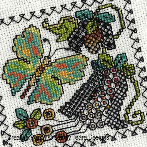 Blackwork butterfly cards pattern by Lesley Teare Designs, zoom3