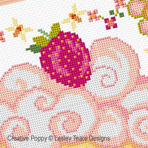Creamy Cupcake cross stitch pattern by Lesley Teare Designs, zoom 1