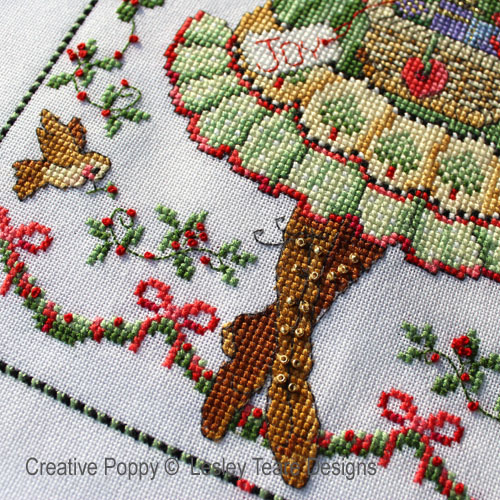 Folk Art Angel cross stitch pattern by Lesley Teare Designs, zoom 1