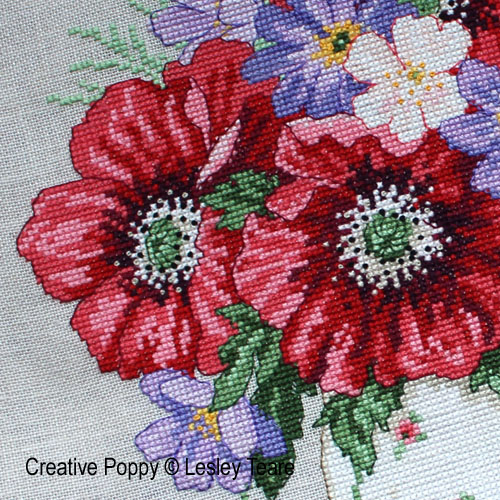 Lesley Teare Designs - Poppy Bouquet zoom 1 (cross stitch chart)