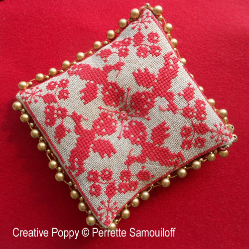 Baroque Christmas ornament cross stitch pattern by Perrette Samouiloff