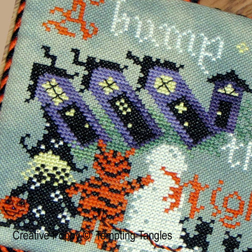 Halloween houses patterns to cross stitch