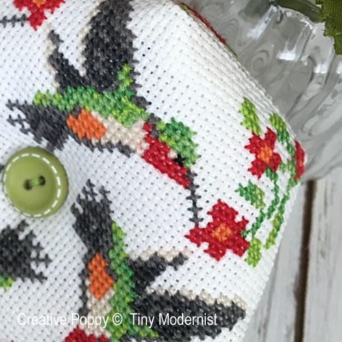 Tiny Modernist - Hummingbird Biscornu zoom 1 (cross stitch chart)
